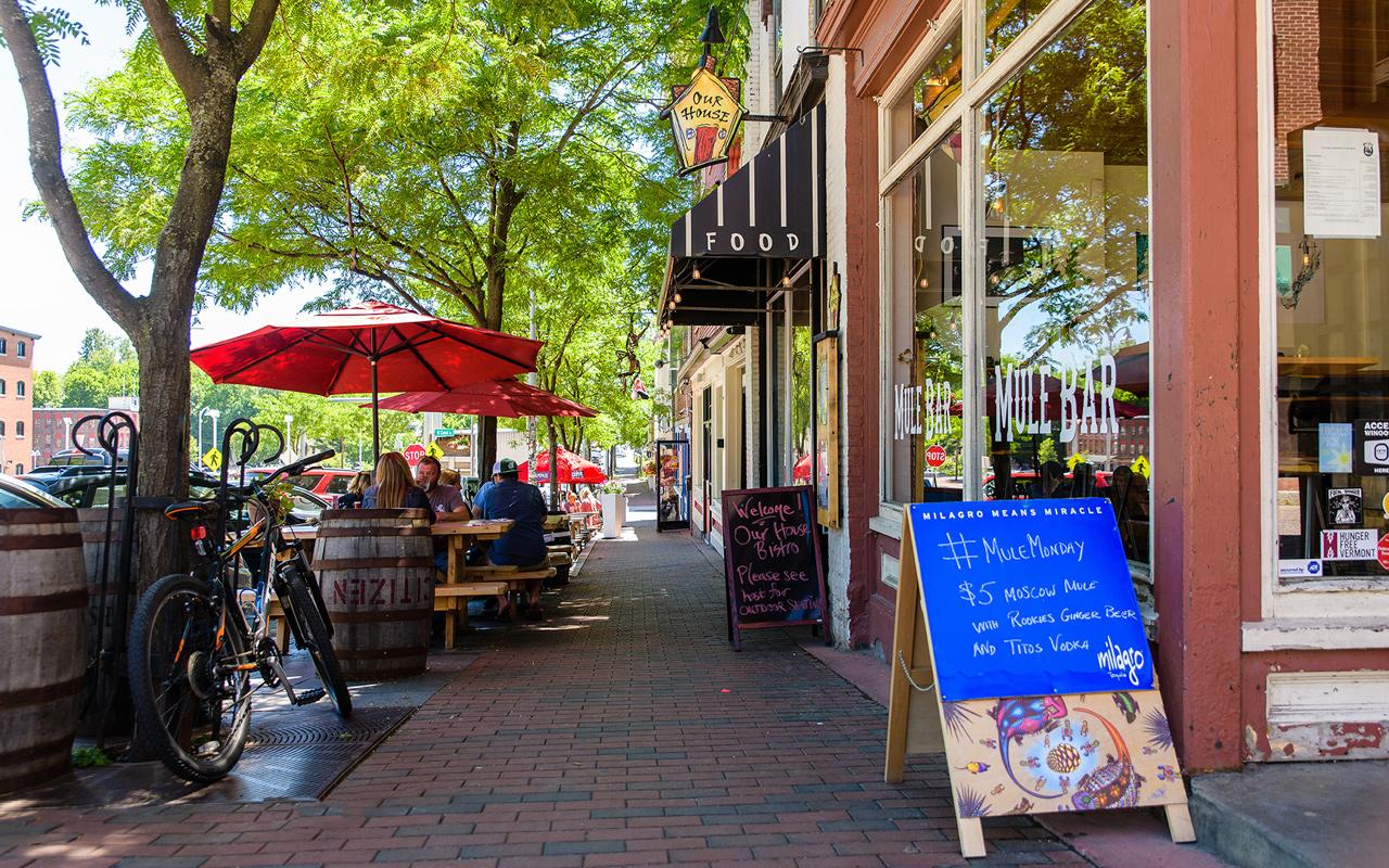 Outdoor eating in downtown Winooski